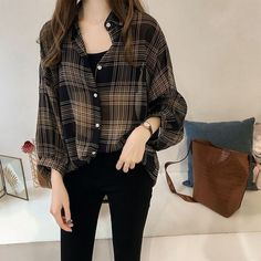 Korean Casual Outfits, Korean Outfit Street Styles, Cute Casual Outfits, Pretty Outfits, Stylish Outfits, Simple Edgy Outfits, Korean Girl Fashion, Korean Fashion Trends, Ulzzang Fashion