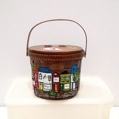 Caro Nan Basket Purse Vintage Holiday Vacation Round Box Bag