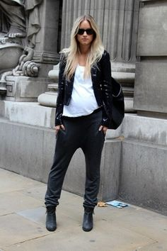 So fashionable that the bump just becomes part of the look!