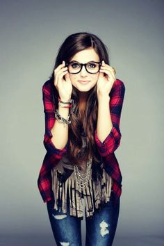 Tiffany Alvord❤️ I love her music and she is sooo pretty!!!