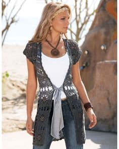 Crochet Clothes Beautiful Long Vest Free Crochet Pattern - Long vests harmonizes with skinnies and a shorter dress or skirt. If you love crocheting, you can make one with this Vest Free Crochet Pattern. Cardigan Au Crochet, Gilet Crochet, Crochet Vest Pattern, Crochet Jacket, Crochet Shawl, Knit Crochet, Crochet Patterns, Crochet Vests, Free Pattern