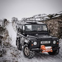 """2,520 Likes, 9 Comments - @landroverphotoalbum on Instagram: """"I'll never get tired of pictures with LR's in snow. By @defender_explorer #Defender90…"""""""