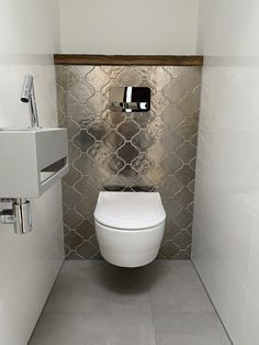 www.lifs.nl #lifs #interior #interiordesign #toilet #ontwerp #interieuradvies #3D #tegel #inbouw