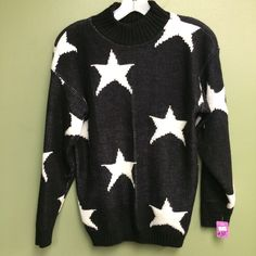 Vintage Stars Sweater! #NLT #thrift #thrifty #thriftstore #thriftstyle #thriftfashion #stars #fallingstar #sweaters #cozy #fall #fallfashion #style #trendy