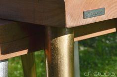 Gold GOAT STOOL Stołek / Stolik na zwężanych nóżkach