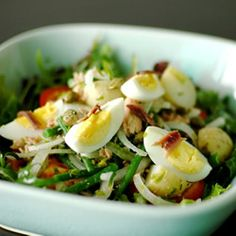 Salad Nicoise #recipe - new potatoes, tuna, tomatoes, olives, mixed greens, fresh baby green beans, & boiled eggs.  Can use any fresh in-season vegetables.