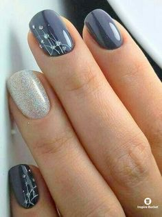 Trendy Winter Nail Art Ideas For 2019 These trendy Nails ideas would gain you amazing compliments. Check out our gallery for more ideas these are trendy this year. SEE DETAILS Classy Nails, Simple Nails, Trendy Nails, Cute Nails, Diy Nails, Elegant Nails, Fall Nail Art Designs, Short Nail Designs, Simple Nail Designs