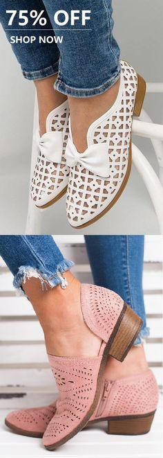 SHOP Comfy Sandals Shoes Picks for Your Daily Outfits. Sock Shoes, Cute Shoes, Me Too Shoes, Shoe Boots, Shoes Sandals, Dress Shoes, Flats, Baskets, Block Sandals