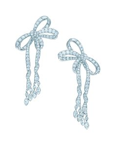 The Bride's Jewelry - Tiffany  Co. Fetes the 2014 Blue Book Collection / jewelsdujour.com / The NOUVEAU CLASSIC Wedding