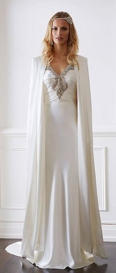 Abrigos y boleros para novias | Preparar tu boda es facilisimo.com