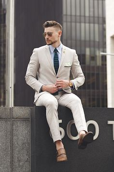 Beige Men Suits Blazer Slim Fit Tailored Made Tuxedos Casual Wedding Suits Groom Prom Terno Masculino 2 Pieces (Jacket+Pants) Gentleman Mode, Gentleman Style, Gentleman Fashion, Mens Fashion Shoes, Suit Fashion, Fashion Sale, 80s Fashion, Fashion Outlet, Girl Fashion