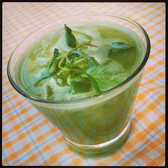 #lemonade with cucumber apple and mint #summer #beirut #lebanon #juice #cooking   (at les Grasberger's)