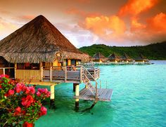 Over the Ocean, Tahiti, French Polynesia    photo via njoi