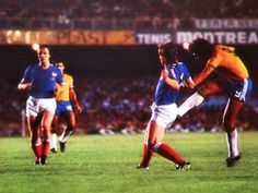 Brazil 2 France 2 in June 1977 at the Maracana. Edinho shoots and scores in the friendly international. 1-0 Brazil.