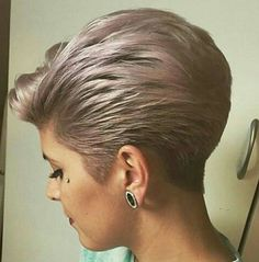 Ponytail Hairstyles Swept Back Pixie Short Grey Hair, Short Hair With Layers, Short Hair Cuts For Women, Short Hairstyles For Women, Short Wedge Hairstyles, Stacked Bob Hairstyles, Elegant Hairstyles, Cool Hairstyles, Ponytail Hairstyles