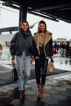 Like every year, the New York Fashion Week opens the new .- Like every year, New York Fashion Week opens the new - Daily Fashion, Look Fashion, Trendy Fashion, Fashion Models, Classy Fashion, Models Style, Womens Fashion, Feminine Fashion, Ladies Fashion
