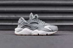 new style c4a1d 29e34 Nike Air Huarache Run Premium Wolf Grey Haraches Shoes, Shoes 2017, Nike  Shoes,