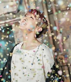 BTS-J-hope HE'S SO PRETTY AT THIS PIC ERMAHGAD❤