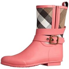 Pre-owned Burberry Prorsum Belted Check Rain Coral Pink Boots ($265) ❤ liked on Polyvore featuring shoes, boots, coral pink, checkered shoes, wellington boots, pink rubber boots, wellies shoes and pink shoes