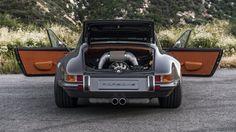 Porsche 911 Targa 4.0 restored by Singer