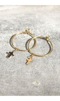 Tassia Canellis mini-créoles croix
