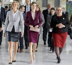 24 October 2016 - Queen Letizia attends a congress at the headquarters of the World Health Organization (WHO) in Geneva, Switzerland - suit by Hugo Boss, shoes by Prada, earrings by Coolook