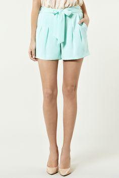 fav color, high wasted shorts. yes.