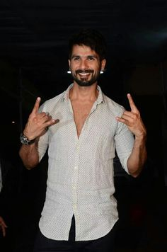 Udta Punjab, Mira Rajput, Hottest Guy Ever, Shahid Kapoor, Hairstyle Look, Bollywood, Guys, Stars, My Love
