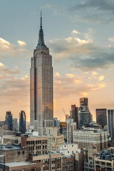 Building Photography, Photography Guide, City Photography, Levitation Photography, Exposure Photography, Water Photography, Abstract Photography, Empire State Building, Nyc Instagram