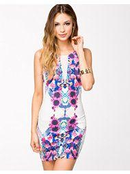 . Ginger Fizz, Flower Dresses, Dresser, Bodycon Dress, Design, Fashion, Model, Moda, Floral Dresses