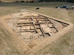Santorcaz. El Llano de la Horca es un yacimiento de la Segunda Edad de Hierro y que estuvo habitado entre los siglos III y I a.c. por los carpetanos.