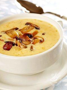 Mushrooms cream - Questa crema, tutta all'insegna del più famoso ingrediente del bosco, è un sano comfort food che fa rimanere leggeri leggeri senza rinunciare al gusto! #cremadifunghi