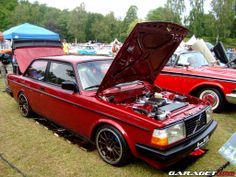 Volvo 240, Garage Shop, Childhood Memories, Showroom, Cool Cars, Race Cars, Sweden, Wheels, Racing