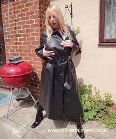Raincoats For Women April Showers Vinyl Raincoat, Pvc Raincoat, Hooded Raincoat, Raincoats For Women, Jackets For Women, Black Rain Jacket, Green Raincoat, Rubber Raincoats, Wraps