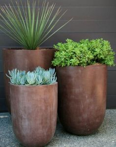 Mid Century Modern! Trio of gorgeous tall modern contemporary indoor or outdoor garden planters or pots! Wonderful on pea gravel, patios, terrace or veranda!