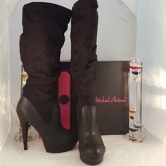 Killer Michael Antonio Boots???????????????? Must have boot for those winter outfits??????. 5 inch heel with a 1 inch platform. These are true to size and medium width. ??? Price is my lowest on this item??? Shoes