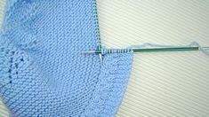 tutorial de capota de bebé con video e instrucciones tejido a dos agujas en puntomoderno.com #diy Knitting For Kids, Knit Or Crochet, Lana, Diy And Crafts, Baby Dresses, Ideas, Log Projects, Kids Pants, Stitching