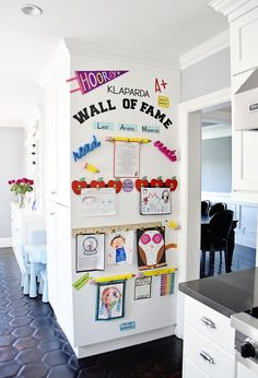 "Make a DIY Display for Your Kids' Schoolwork and Art Projects – Project Nursery My finished Kids Artwork ""Wall of Fame"" Easy Diys For Kids, Deco Kids, Wall Of Fame, Ideas Para Organizar, Project Nursery, My New Room, Home Organization, Home Projects, Project Projects"