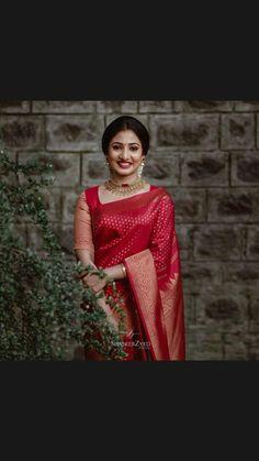 Kerala Engagement Dress, Engagement Dresses, Bridal Outfits, Bridal Dresses, Net Saree Designs, Christian Bride, Kerala Bride, Indian Bridal Sarees, Indian Wedding Photos