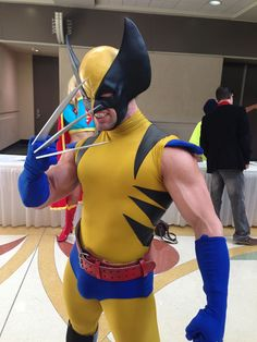 Character: Wolverine (James Howlett, aka Logan) / From: MARVEL Comics 'The Uncanny X-Men' / Cosplayer: Jonathan Carroll (aka Monkey of Steel) Wolverine Cosplay, Xmen Cosplay, Superhero Cosplay, Epic Cosplay, Male Cosplay, Cosplay Diy, Cosplay Outfits, Cosplay Costumes, Awesome Cosplay