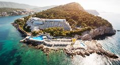 Hotel Deal Checker finds Hotel Dubrovnik Palace deals on all the top travel stites at once. Best Price Guarantee on Hotel Dubrovnik Palace at Hotel Deal Checker. Hotel Dubrovnik Palace, Villa Dubrovnik, Dubrovnik Old Town, Palace Hotel, Beach Resorts, Hotels And Resorts, Top Hotels, Kusadasi, Thing 1