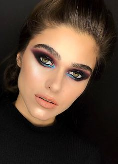 Pinterest: DeborahPraha ♥️ blue and purple makeup