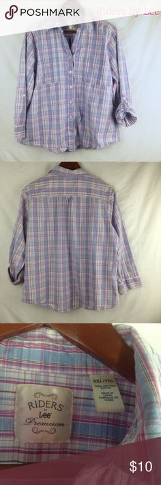 Riders By Lee Premium Button Up Top This Riders by Lee Premium button up top would be the perfect addition to your wardrobe. It is in like new condition and as always all of the clothing from my closet comes from a pet free and smoke free home. Lee Tops Button Down Shirts