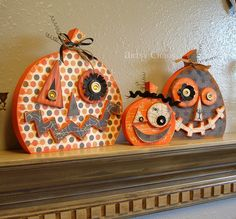 Decorating for Halloween, in the last 2 years or so I've enjoyed playing it up around my home. Halloween decor can sometimes be extremely subtle. If you want to add the spirit of this holiday into your living room decor… Continue Reading → Halloween Wood Crafts, Halloween Home Decor, Halloween Boo, Diy Halloween Decorations, Halloween Cards, Holidays Halloween, Halloween Pumpkins, Holiday Crafts, Happy Halloween