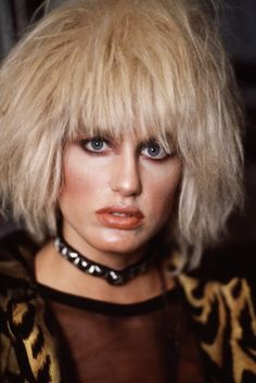 Daryl Hannah [Pris in Blade Runner] ... Aspie actress
