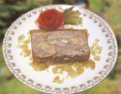 Terrine de faisan aux noisettes et foie gras