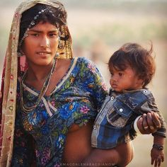 A Photographer Travels Across India To Show How Beautiful And Diverse Local People Are, And We're Mesmerized Ariana Grande Drawings, Indian Photoshoot, How Beautiful, Beautiful Places, Art Drawings Beautiful, India People, Tribal People, Sexy Older Women, Plus Size Fashion For Women