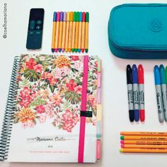Tudo pronto para começar a organizar a semana...uma delícia! #meudailyplanner #dailyplanner #plannerdecor #plannerlove