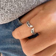 Chevron Open Name Ring - Diamond Jewelry, Gold Jewelry, Jewelery, Jewelry Accessories, Vintage Jewelry, Chevron, Mother Jewelry, Name Rings, Opal Necklace