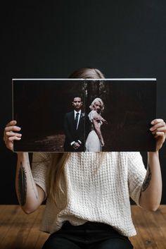 10 Wedding Album Designs That Has Captured Our Hea Coffee Table Book Layout, Coffee Table Album, Wedding Photo Books, Wedding Photo Albums, Wedding Photos, Wedding Album Layout, Wedding Album Design, Wedding Booklet, Polaroid Photo Album